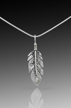 feather-pendant-small-raven-456x456